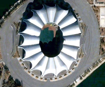 BOL BOL FUTBOL: Dünyanın en büyük stadı