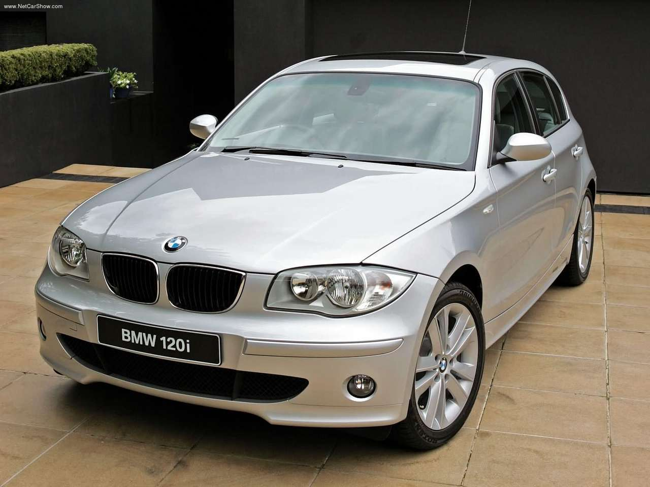 2005 BMW 120i UK Version