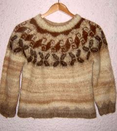 Pullover Hippie Lana de LLama Talle: S $15