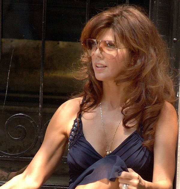 Question marisa tomei upskirt think, that