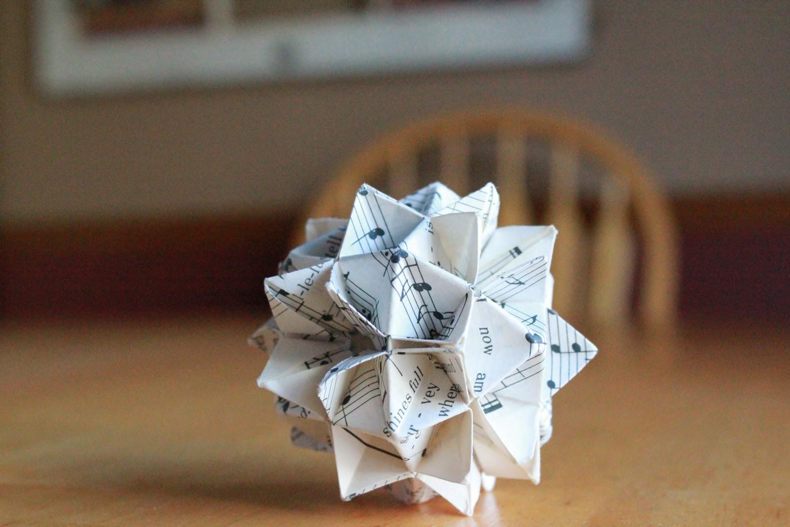 A Big Bowl Of Cherries: Making Origami Christmas Ornaments