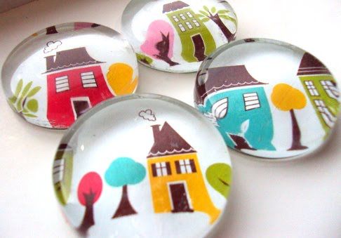 Whimsy glass magnets