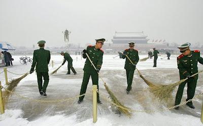 militaires balayeurs
