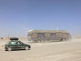 eoliennes dans le desert du Taklamakan