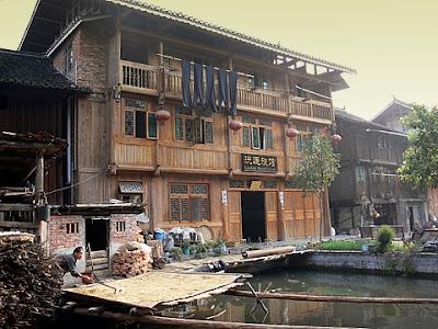 maison de chine les tribulations d 39 une famille sur les