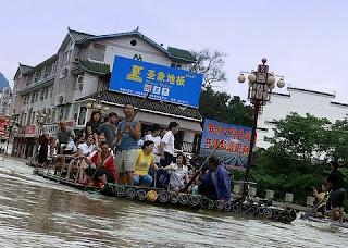 radeau de la meduse a Yangshuo