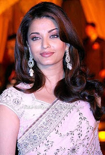 aishwarya rai in pink saree