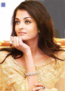 aishwarya rai saree in golden saree
