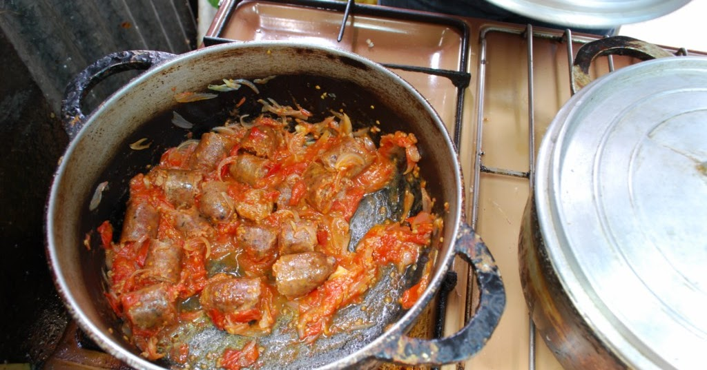 Cuisine de caract re rougail zandouil 39 et rougail Cuisine de caractere