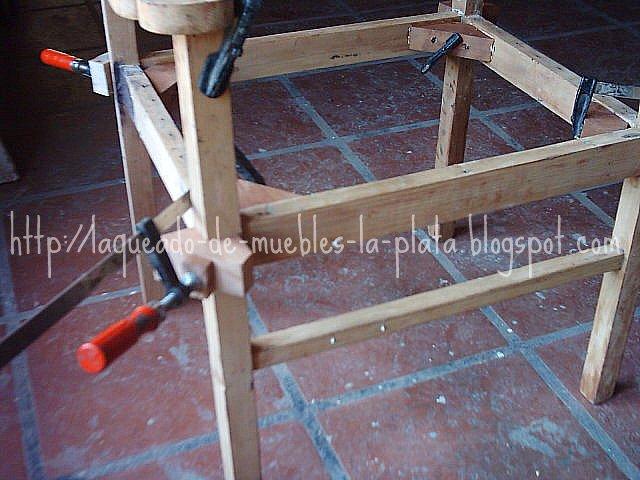 Encolar muebles de madera