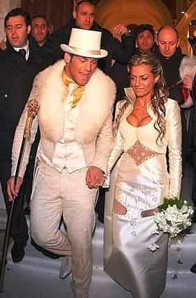 En las bodas: