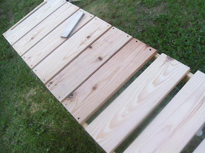 Outdoor Bench tutorial via The Shabby Creek Cottage