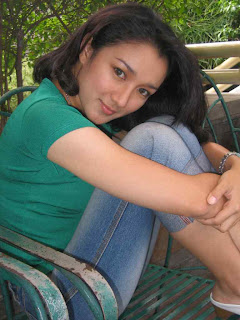 "Melly ""SHE"" Herlina"