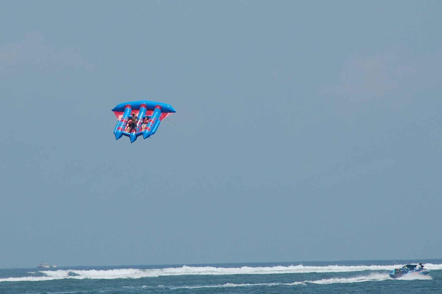 Flying fish water sport - photo#53