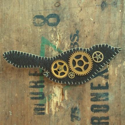 [gear+bird+brooch+-+lovelyduck]