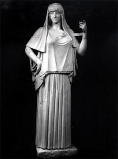 ac7984121 Los Griegos  La vestimenta