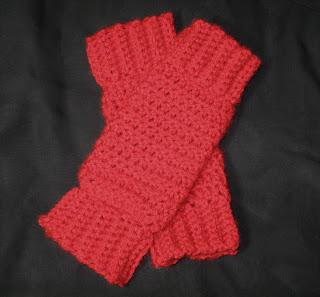 Aran Leg Warmers Knitting Pattern : ARAN LEG WARMERS FREE KNITTING PATTERN   KNITTING PATTERN