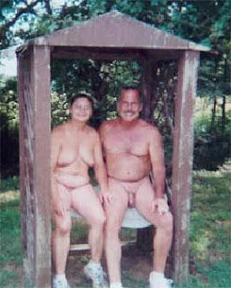 https://1.bp.blogspot.com/_w015sgOfUQc/RslNZ5yf-lI/AAAAAAAAA08/FjEA66L38mk/s320/nudismo2.jpg