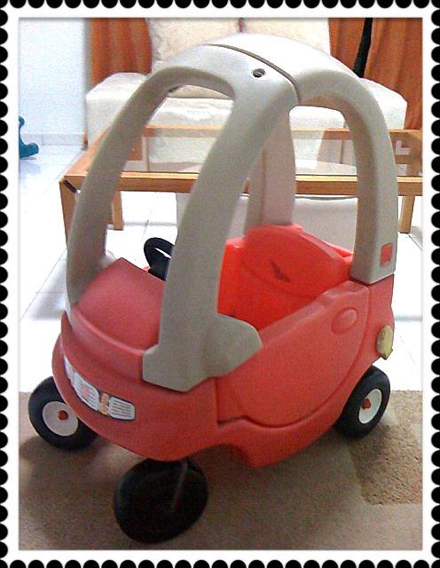 Macam-Macam-Ada: Step 2 Snuggle Bug Coupe Car
