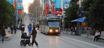 Melbourne Para Turistas Melbourne Australia ek Bourke Street jul07