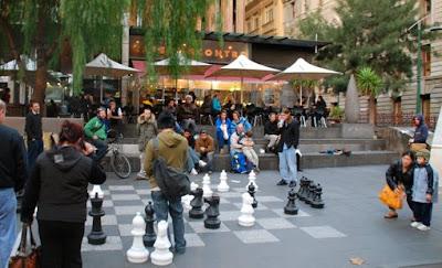 Melbourne Para Turistas Melbourne Australia Sidewalk chess ek jul07