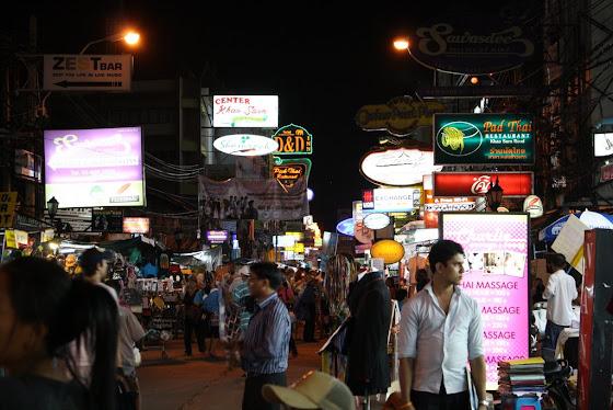 De noche Bangkok es otro mundo