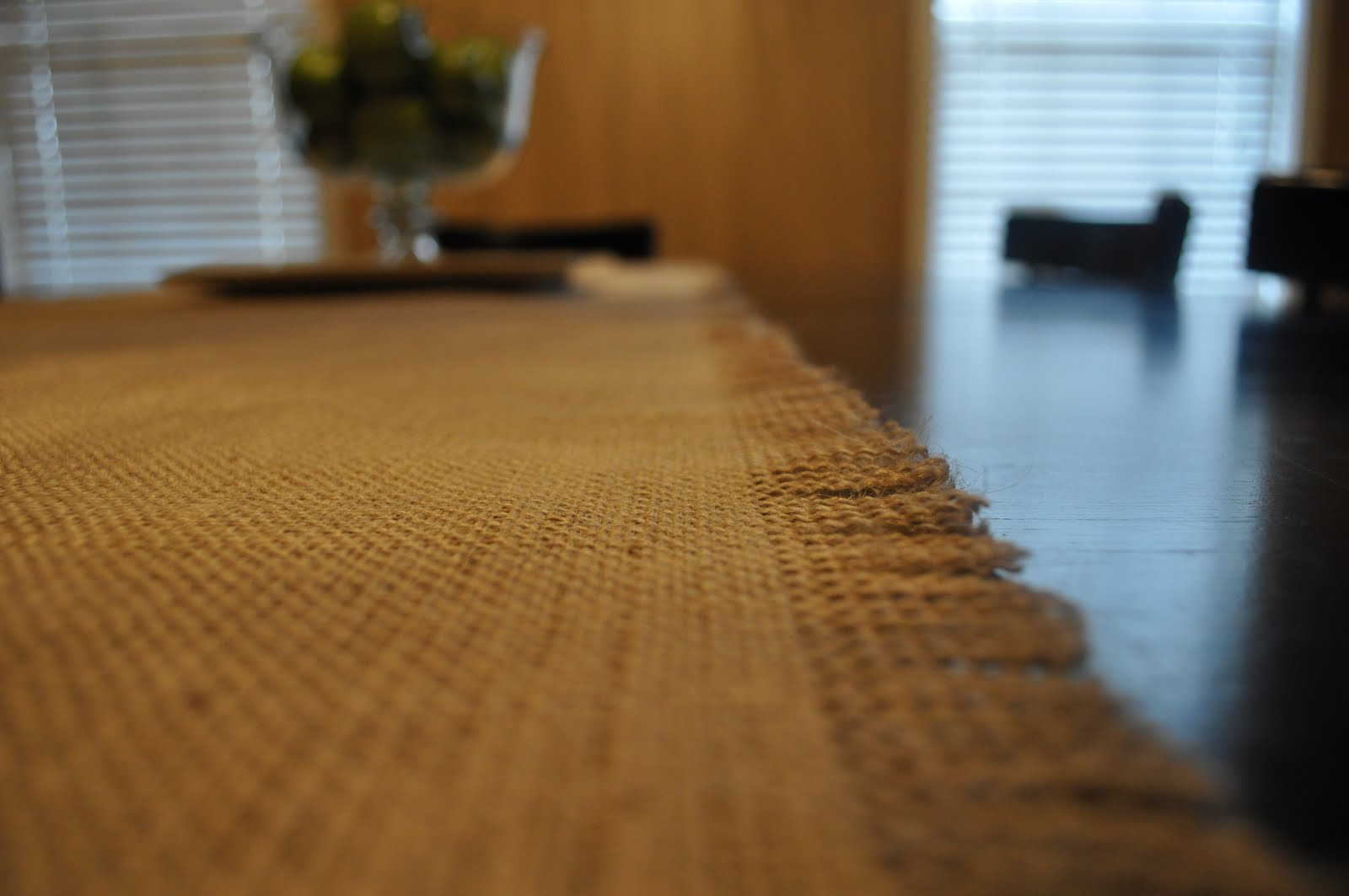 Very Blessed Nest: Burlap Table Runner in under 10 minutes!