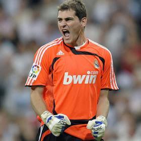 286eb19afe3 Iker Casillas Fernández (Madrid,España,20 de Mayo de 1981) es un futbolista  español. De origen abulense,aunque se considera de Móstoles ya que ha  vivido y ...