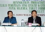 Presentasi pada Seminar Pupuk Di Sahid Makassar Hotel