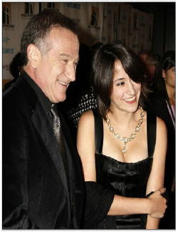 Robin Williams and daughter Zelda at entertainmentnewsnevents.blogspot.com