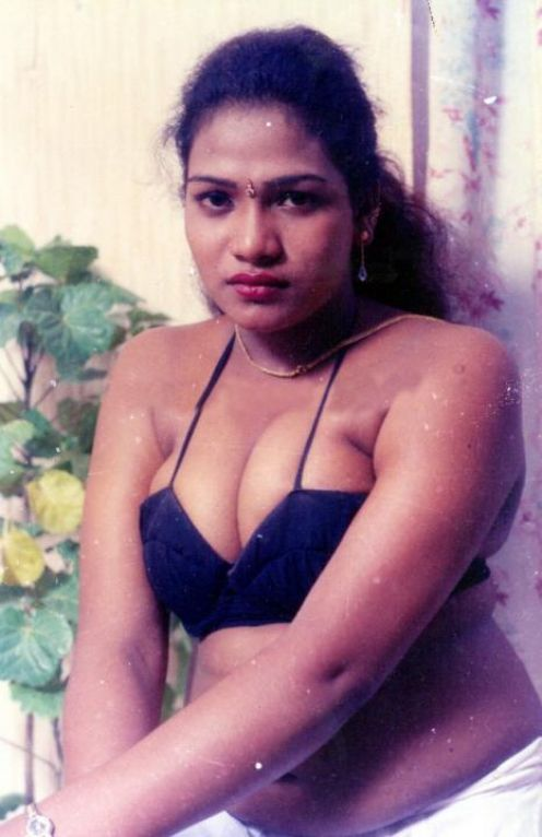 Hot Amature Mallu Aunties From India Sizzling Hot Aunties Revealing Their Big Boobs-8144