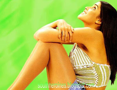 actress genelia hot photos,wallpapers