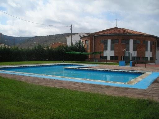 La piscina municipal abre sus puertas noticias de manzanera - Socorrista de piscina ...