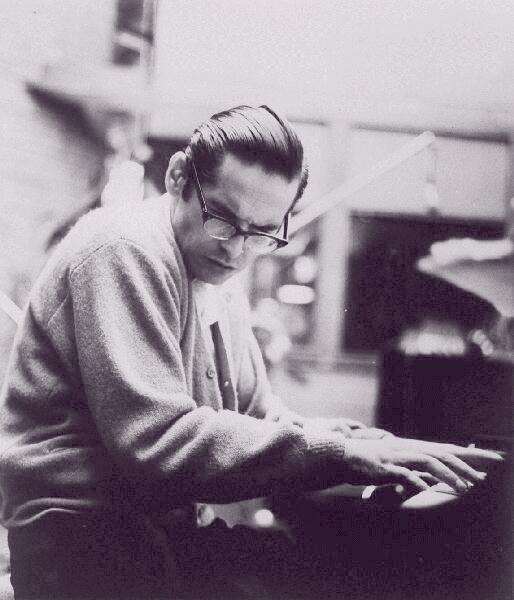 Bill Evans jazz pianist