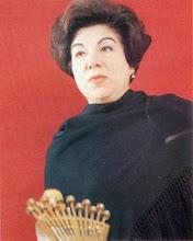 Lucilia do Carmo (1919-1998) fadista e madre di Carlos