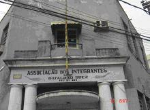 Extraído de: http://www.batalhaosuez.com.br/AssocRioDeJaneiro50AnosBtlSuez.htm