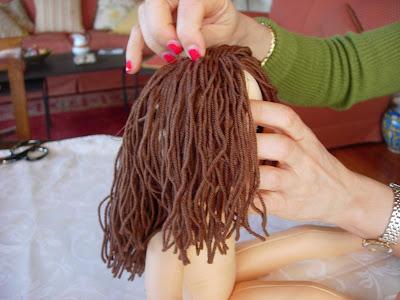 yarn doll hair tutorial