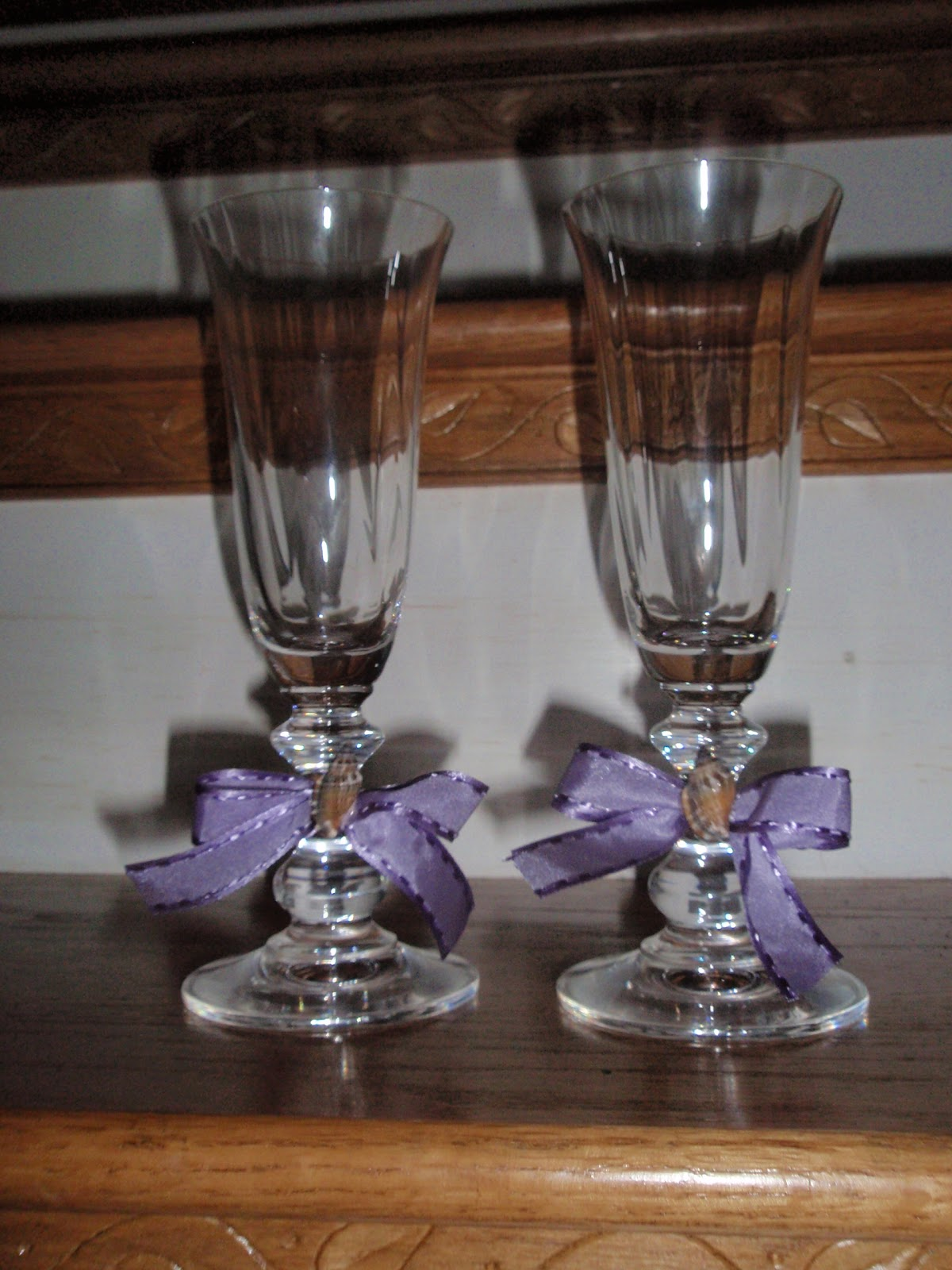 Diy Wedding Champagne Glasses Ideas Our Day In The Making Diy Toasting Flutes