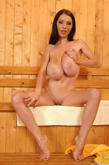 Cutie Big Tits Merilyn Sekova Sauna Photos 1