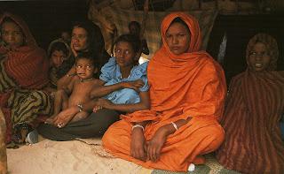 Une famille réfugiée politique dans Communauté spirituelle Familles+r%C3%A9fugi%C3%A9es+%C3%A0+Bassikounou
