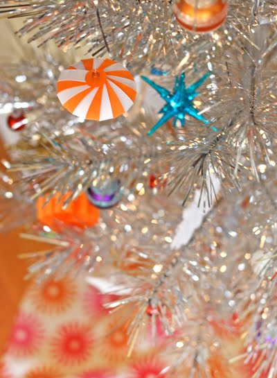 my christmas tree needed more orange of course so i made this little thing it appears to be a spaceship which has crashed into a circus tent to make - How To Make My Own Christmas Decorations