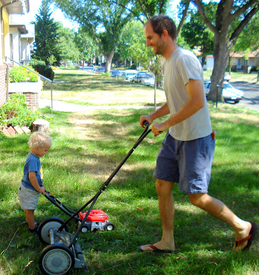 The Garvin-Parker family blog: Art and Pops, lawning mowing