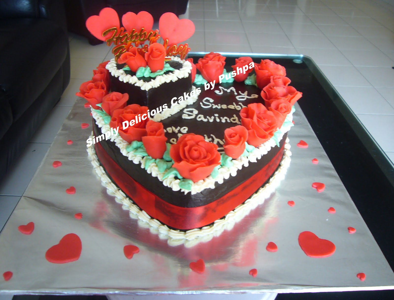 Simply Delicious Cakes Chocolate Hear With Red Roses