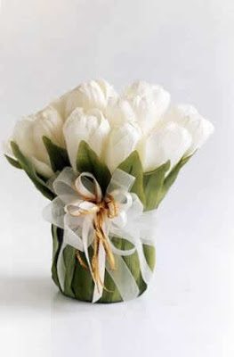 Centros de mesa para boda Arreglos con flores artificiales