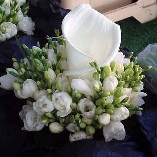 Centros de mesa para boda arreglos florales del jard n for Arreglo del jardin