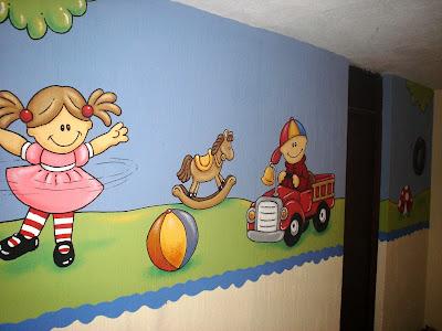 Murales en colegios aula juguetes y computaci n for Como decorar un mural