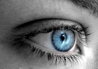 imagen ojos celestes