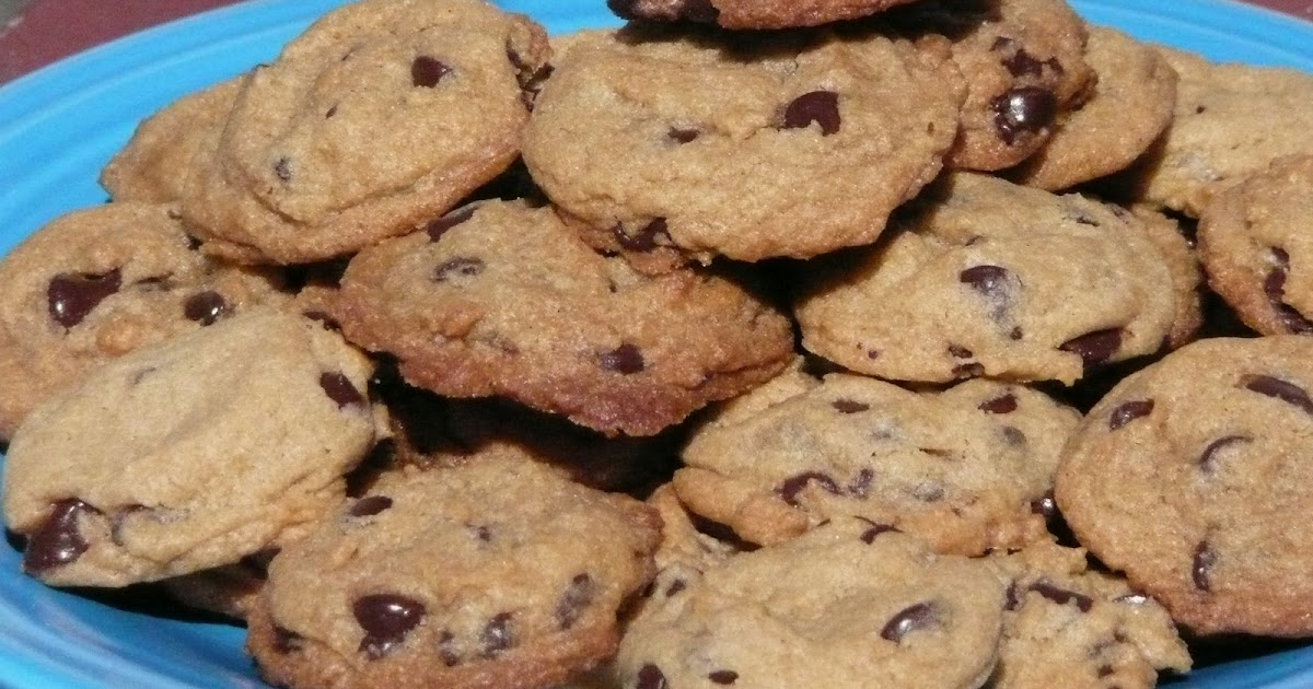 Fueled by Popcon: Original Nestle Toll House Chocolate Chip Cookies
