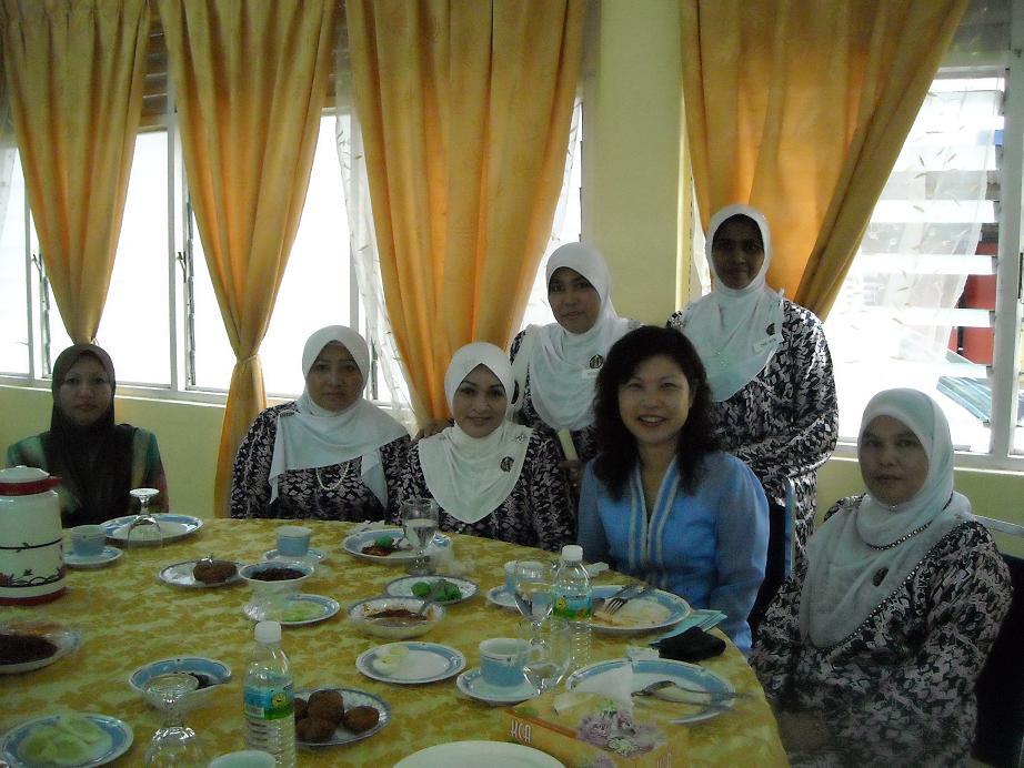 Lions Club Of Kuala Krai 2014 2015 Perbarisan