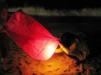 flying lanterns at Koh Samui
